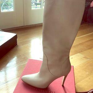 Manolo Blahnik light dove heel boots 39 new